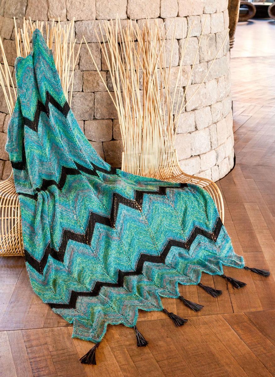 DECKE IM ZACKENMUSTER Ecopuno/Silkhair Print/Linarte/Alcanto von Lana Grossa